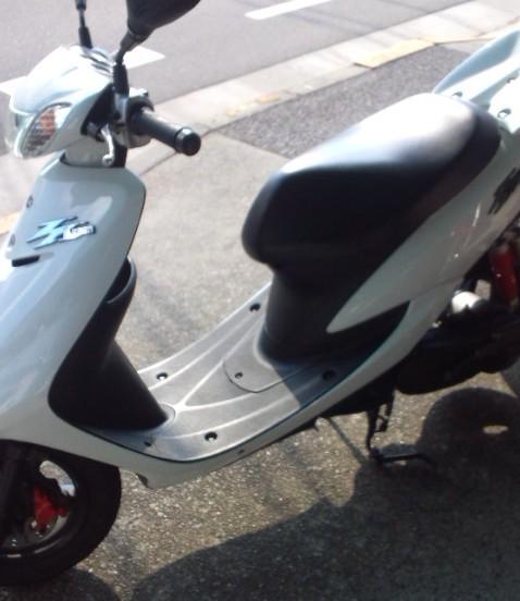 長谷川オートサイクル【中古車:東青梅店】2007年型 ジョグZR ホワイト 横